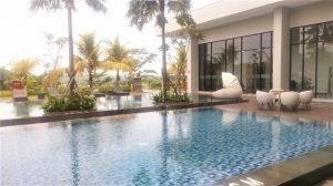 Kolam Renang Hotel Harper Purwakarta