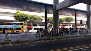 Antrian bis ke Tsim Sha Tsui dari Bandara Hong Kong