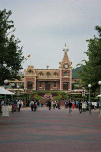 Membeli Tiket Masuk Disneyland Hongkong Murah