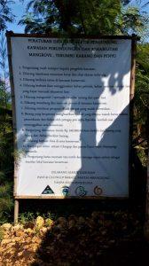 Tata Tertib Pantai Tiga Warna di Malang Selatan