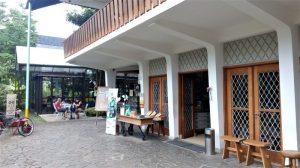 Resto Miss Bee Providore Bandung