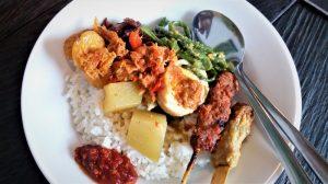 Makanan Halal di Warung Wardani Kuta di Pulau Bali