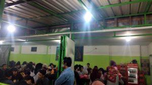 Ramainya Sate Madura Pak Sabar di Jalan Bandung