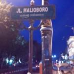 Kesibukan Selepas Subuh di Jalan Malioboro Yogyakarta