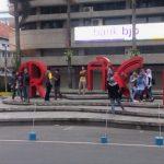 Menikmati Keramaian Jalan Braga Kota Bandung Yang Tak Pernah Mati