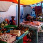 Berbelanja Kebutuhan Dapur di Pasar Krempyeng Gentengan di Kota Batu