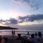 Transportasi Umum Untuk Menikmati Keindahan Senja di Pantai Jimbaran Bali