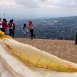 Uji Nyali di Paralayang Gunung Banyak Kota Wisata Batu