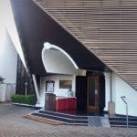 Jam Kebaktian di Gereja Kristen Indonesia GKI Darmo Satelit Surabaya