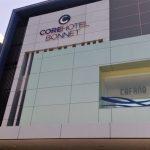 Menggunakan Ruang Rapat di Core Hotel Bonnet Surabaya