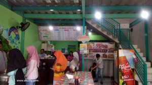 De Stadion Tempat Makan Bakso Paling Lengkap di Kota Batu
