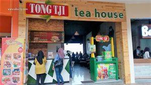 Menikmati Aneka Teh dan Kudapan di Tong Tji Tea House
