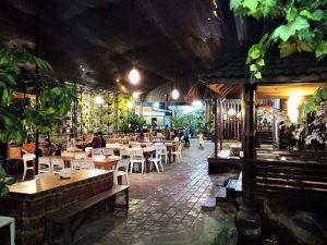 Makan Malam di Resto Bu Atik Kota Wisata Batu