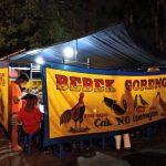 Ramainya Antrian Bebek dan Ayam Goreng Ariel Di Kota Malang