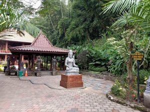 Menyusuri Keunikan Lembah Tumpang Resort Kabupaten Malang