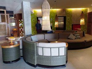 Transit di Grandmas Plus Airport Hotel Bali