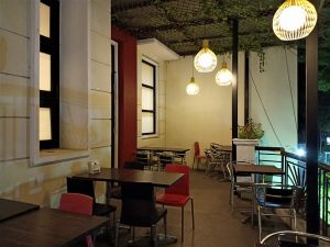 Menikmati Cantiknya Jalan Ijen dari Cafe Wilis Kota Malang