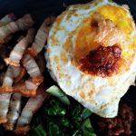 Makan Daging Babi Enak di Rumah Jagal Bapa Kota Malang