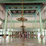 Wisata Singkat di Pura Mangkunegaran Solo